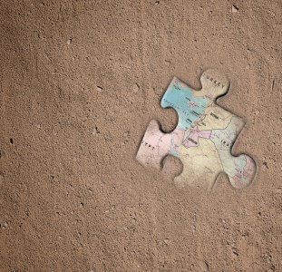 Puzzle piece art provided by Steve Warner at Anomalos Publishing, and map by Lani Harmony